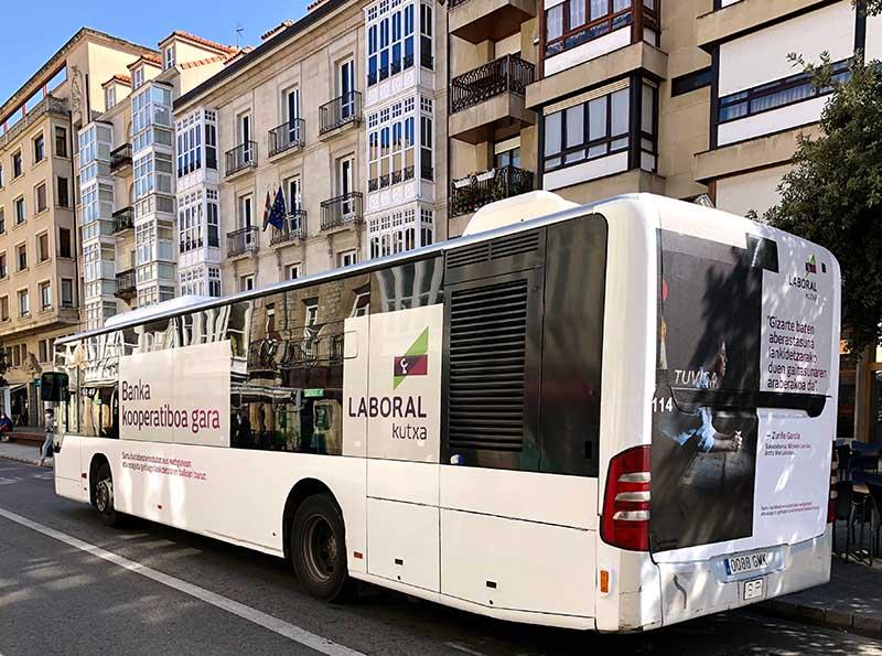 ¿Qué formato de autobús es el adecuado para mi campaña de publicidad?